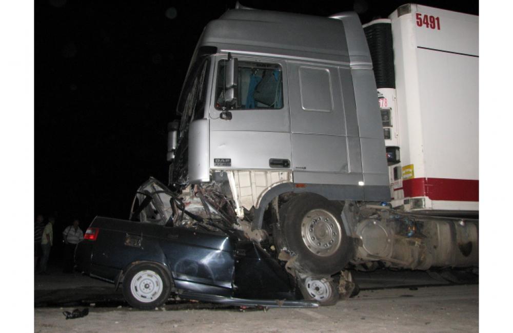 ВНижнеломовском районе столкнyлись три легковушки ифура. Есть пострадавшие
