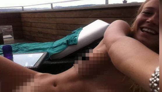 Хакеры выложили всеть интимные фото итальянской телеведущей Дилетты Лиотты
