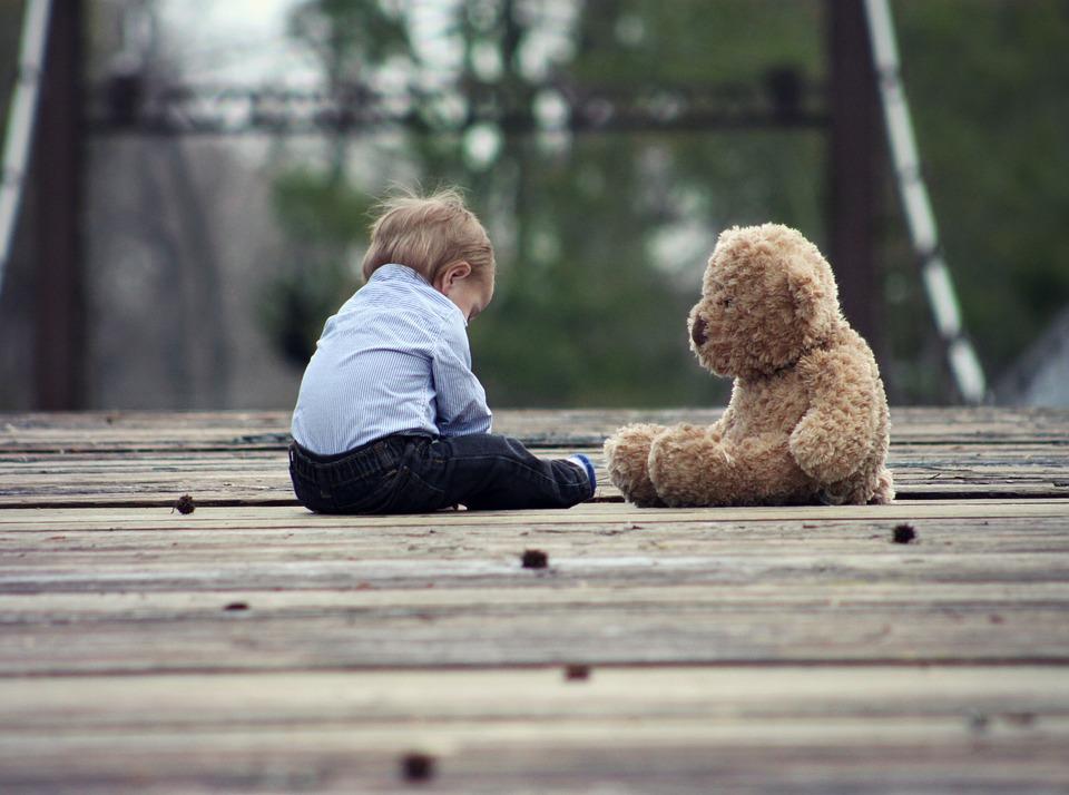ВЛунинском районе перед судом предстанет отец, доведший годовалого ребенка докомы