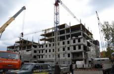 Долг перед строителями перинатального центра достиг 117 миллионов