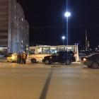 Соцсети: «В Пензе около филармонии столкнулись пассажирский автобус и такси»