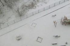 Весна vs Зима. Пензу «по уши» завалило снегом
