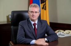 Иван Белозерцев поздравил пензенскую молодежь