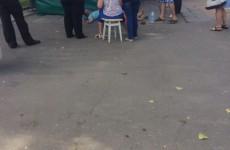 В Пензе на Фонтанной площади на глазах у прохожих умер человек