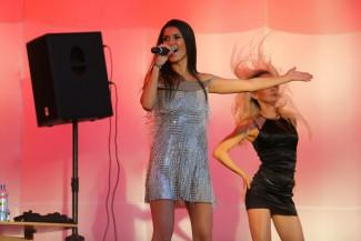 В Пензе наконец состоялся концерт экс-солистки «Красок» Киреевой