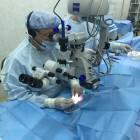 Пензенский врач проведет первую в мире операцию по имплантации двух хрусталиков