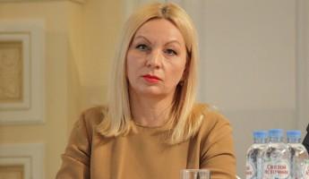 Министр культуры Курдова получила неудобный запрос от журналистов и ушла на больничный
