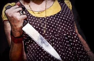 В Пензе 67-летняя пенсионерка-ревнивица заявилась на работу к мужу с ножом