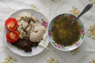 Голодяев: Объем порций в школьных столовых меньше необходимого на 30%