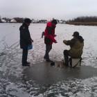 Пензенские рыбаки ради любимого дела серьезно рискуют жизнью
