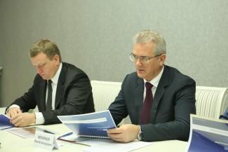 Иван Белозерцев провел рабочую встречу с гендиректором компании «Кроношпан»