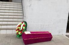 Падалкина «закрыли» на сутки после «ритуальных проделок» у Минздрава