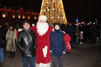 Пензенцы делятся фотографиями празднования Нового года в центре города
