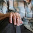 В Арбекове странная особа применила насилие к пенсионерке