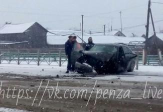 Появились фотографии с места «жесткой» аварии в Бессоновском районе