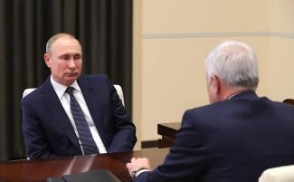 Центризбирком России зарегистрировал Путина кандидатом в Президенты