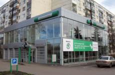 «Жулябинский» автосалон отправился в нирвану