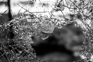 В Пензе школьный автобус попал в серьезную аварию на Кураева