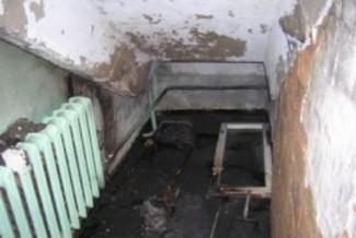 Пожар в здании на Суворова в Пензе тушили 7 человек