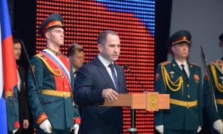 Герои России и ветераны войны приняли участие в праздничном концерте, организованном по инициативе Михаила Бабича