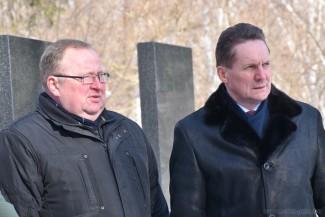 Мэр Пензы Кувайцев почтил память Алексея Макарова