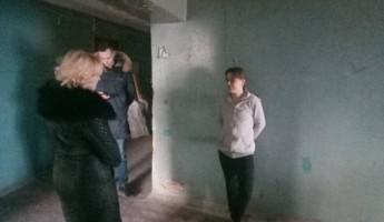В Пензе продолжают уговаривать переселиться жильцов аварийного дома на Кулибина