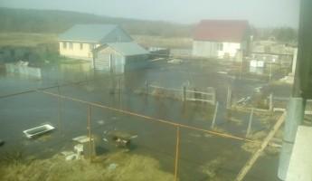 Пригород Пензы стремительно уходит под воду (ФОТО)
