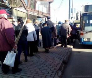 Кувайцев лично проследил за работой общественного транспорта на Красную горку
