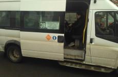 Подопечные местного перевозчика Мордвинова требуют двойной платы за поездку в маршрутке