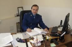 Пензенский транспортный прокурор Гусев наказал РЖД за любовь к будкам без обязательств