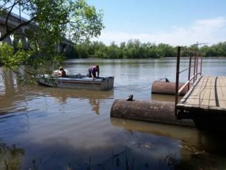 Акулов вернул жителям Песков понтонный мост