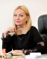 Министр культуры Курдова заработала за год как поэт Пушкин за два месяца