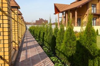 Что дешевле: содержание частного дома или квартиры