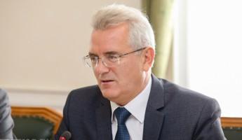 Топ-менеджер «Ростеха» приехал в Пензу ради «дочек» и губернатора
