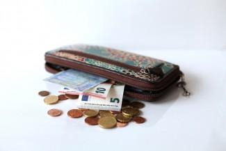 Поездка в такси обошлась пензенцу в 10 тысяч рублей