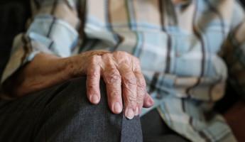 Твори добро! Жительница Пензы помогла старушке и попала в ловушку...