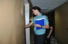 Задолжавшая полмиллиона женщина спряталась от пензенских приставов у мужа