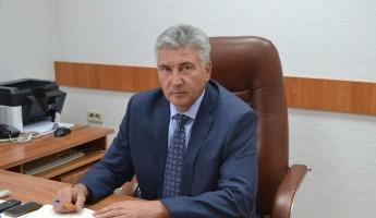 Скелеты в шкафу главы Каменского района. Кто будет «зачищать» дела Грошева?