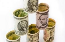 «Рвут и мечут». Федеральные каналы уговаривают вкладчиков «Инвест-гаранта» дать интервью