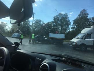 Очевидцы прислали фото с места жуткой аварии в Пензе