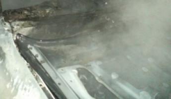 В Пензе на улице Дизельной полыхал автомобиль