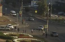 Соцсети - На улице Калинина в Пензе авто влетело в ограждение