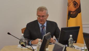Белозерцев упрекнул Торгашина и Беспалова в безынициативности