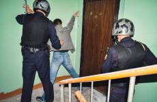 Пензенца пырнули ножом в подъезде дома в Монтажном