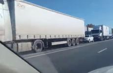 Очевидцы опубликовали видео многокилометровой пробки под Пензой