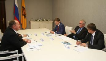 Директор МРФ «Волга» Дмитрий Проскура и губернатор Пензенской области Иван Белозерцев обсудили проекты цифрового развития региона