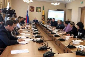 Влияние национально-культурных автономий на политику региона обсудили в Правительстве Пензенской области.