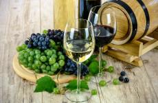 Цены на вино в России могут снизиться благодаря богатому урожаю в Европе