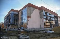 """""""Не покладая рук"""": работы по восстановлению пензенского Дома офицеров ведутся в две смены"""