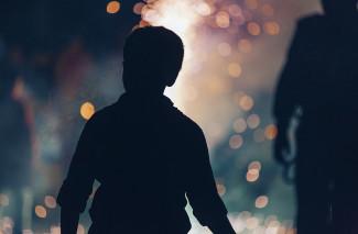 В Пензенской области педофил надругался над ребенком, завязав ему глаза футболкой